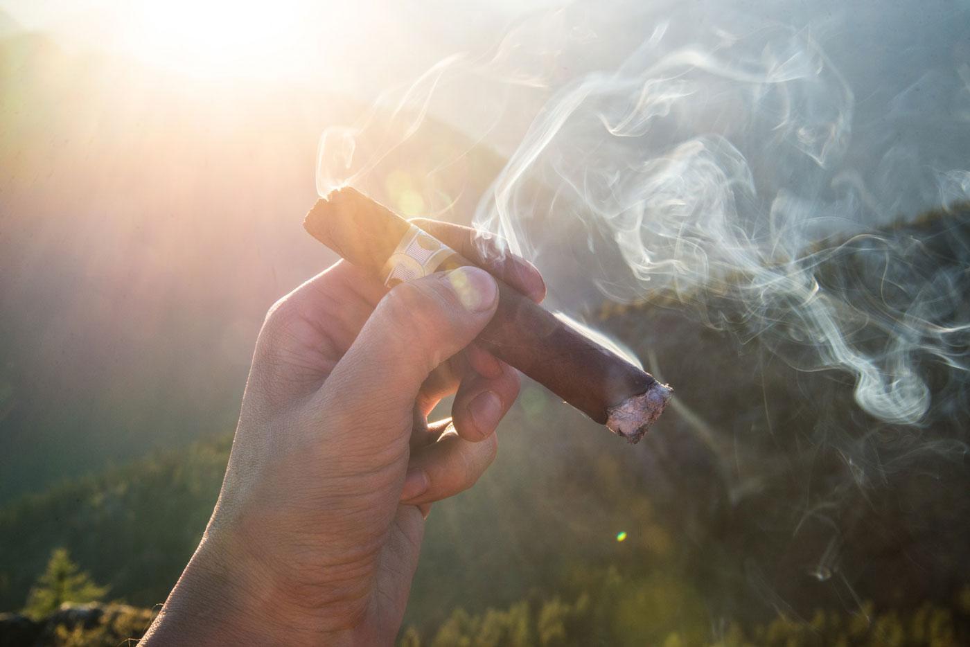 Zigarren und Ihr Genuss - was passt gut zur Zigarre und zu Pfeifen